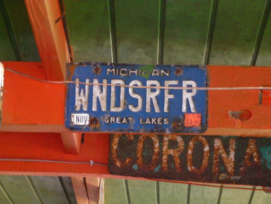 MI plate at the Hangout Beach BAr