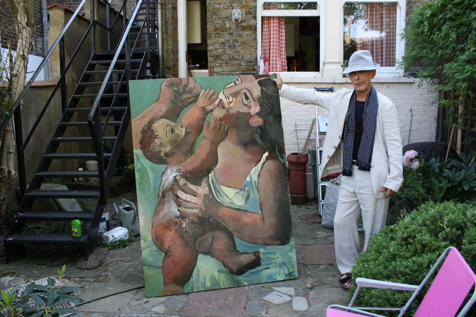mother and child with artist 005