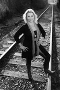 Angie tracks