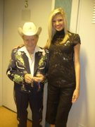 •*´¨`*•.¸❥the biggest entertainer I'll ever know!  ❥little jimmy dickens