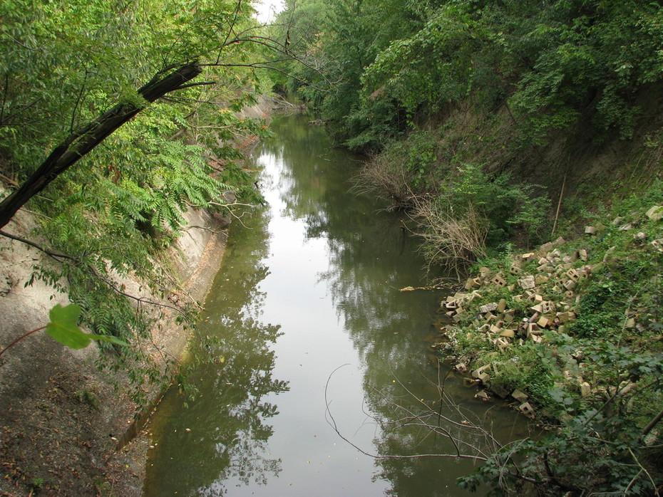 Upstream of Dam 3 before