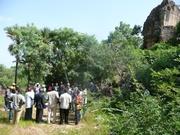 L'entrée des cavernes de Douna, un site touristique des Cascades, ouvert au public seulement le 9 juillet 2011