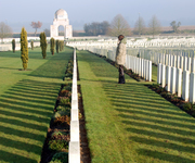 Cabaret Rouge Cemetery: a visitor remembers