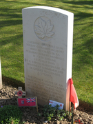 Cabaret Rouge: headstone of unknown soldier transferred to Canada for National Tomb of Unknown soldier