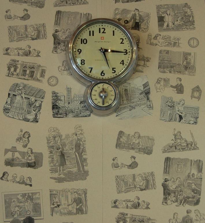 sweep clock detail