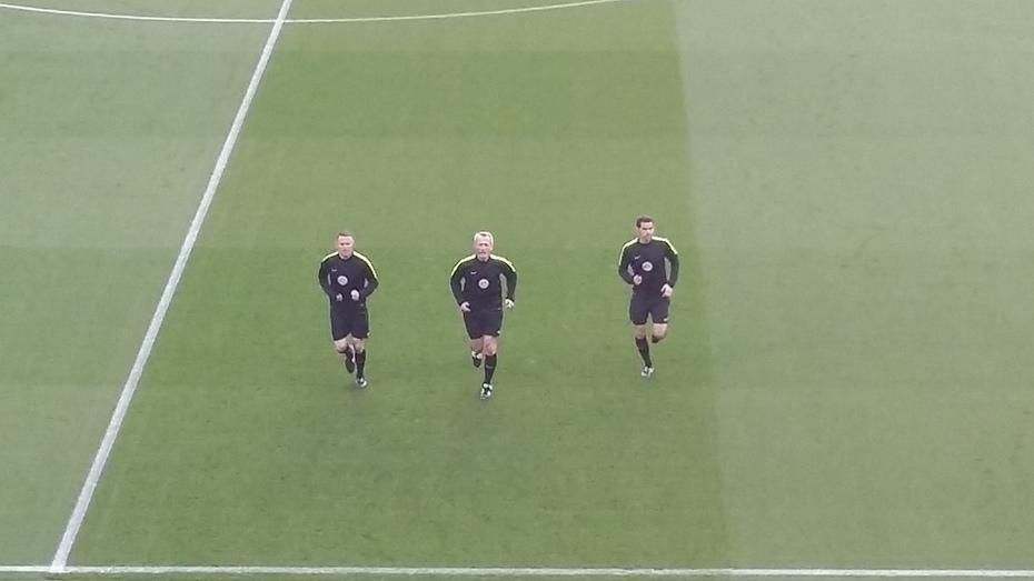 Referee warm up