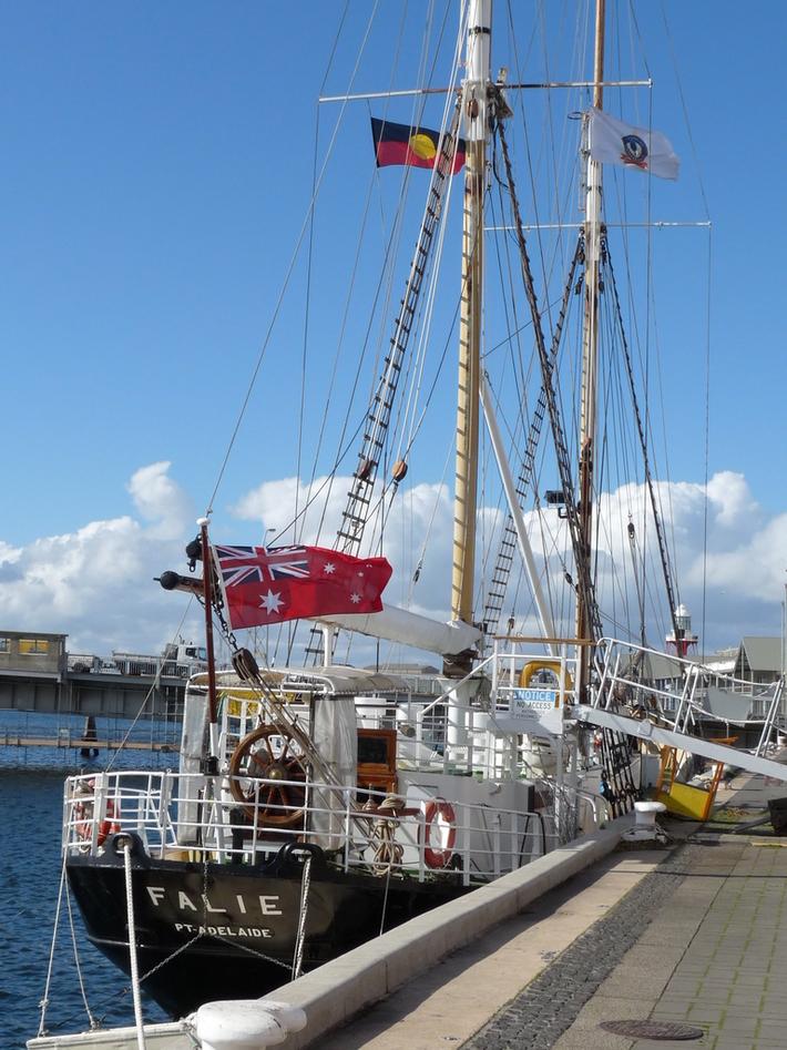 kFalie Australian Council A Maritime Museums lJc3TK1F