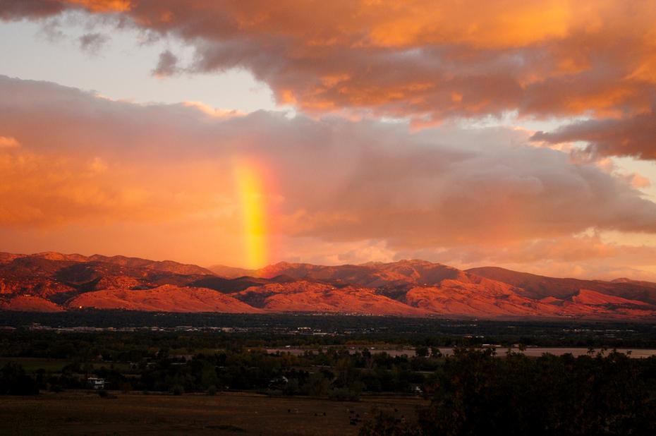 Sunrise rainbow over Boulder