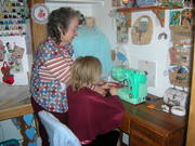 """My granddaughters """"hello Kitty:sewing machine..she loves it!"""
