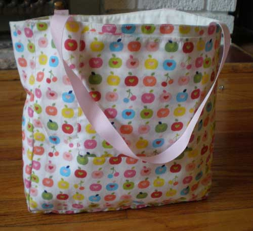 I heart apples tote
