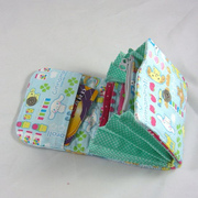 Quilted accordion fold wallet