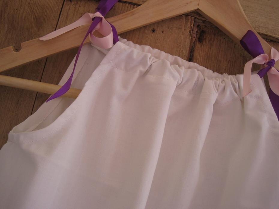 Sew a child's pillowcase dress