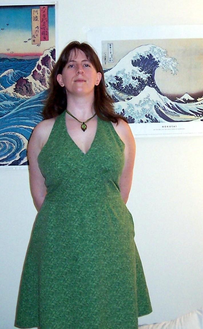Green_dress_front