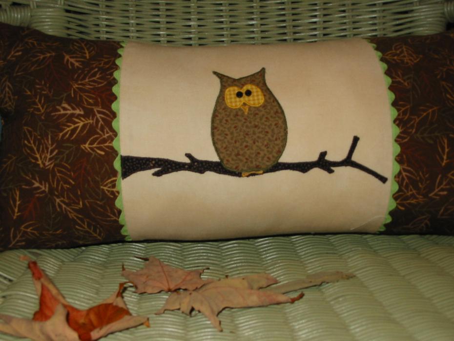 Hooty Owl Pillow - Free PDF Pattern