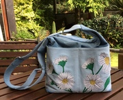 Slouch Purse with Appliquéd Daisies and Embroidery