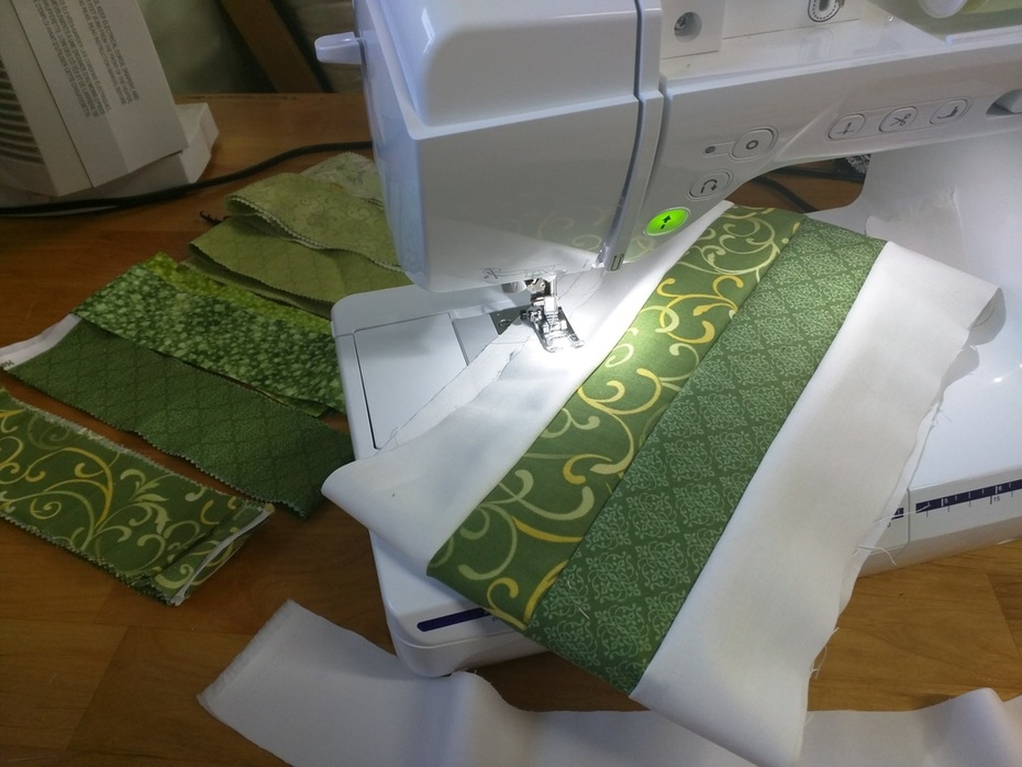 Green Strip Quilting with Brother Innov-is NQ3500D Sewing Machine