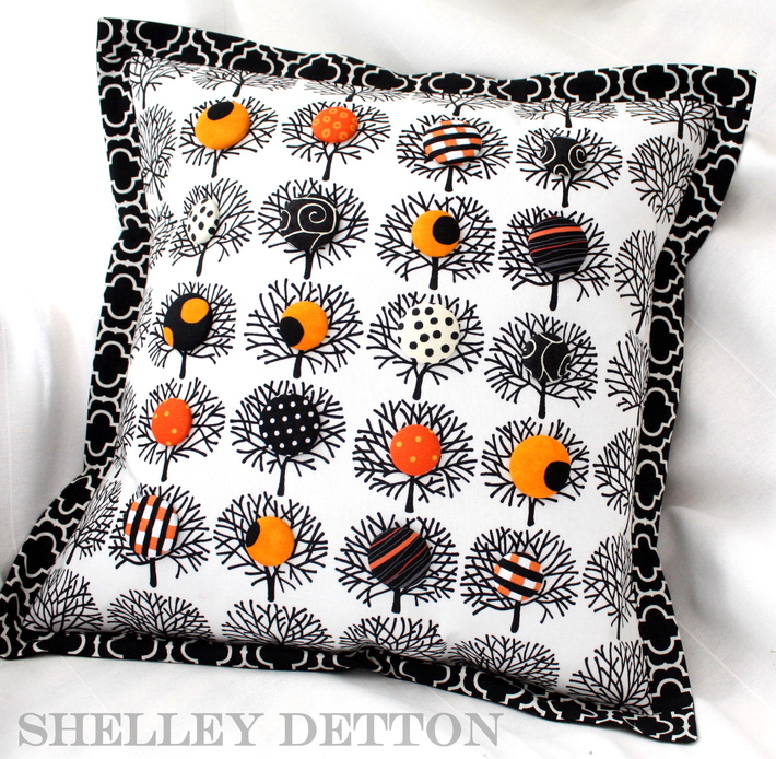 Buttons-in-the-Trees Pillow - Free Sewing Tutorial by Shelley Detton