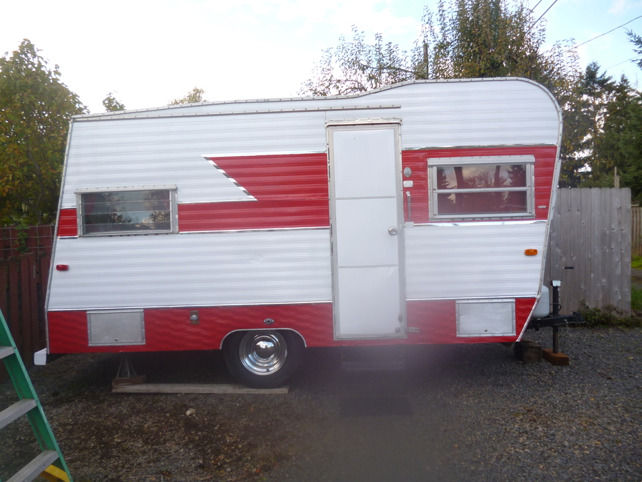 1966 Vintage trailer 16 foot Kit Companion 004