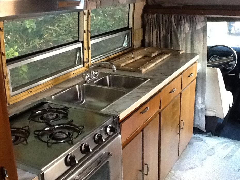 Cayo kitchen