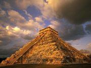 Ancient-Mayan-Ruins-1-JWU1OEXB9J-1600x1200