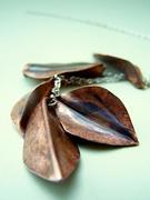 foldformed Leaves Lariat