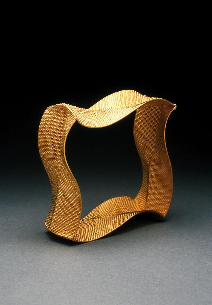 Wave Arm Ornament