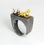 Lady in Pearl Garden Ring