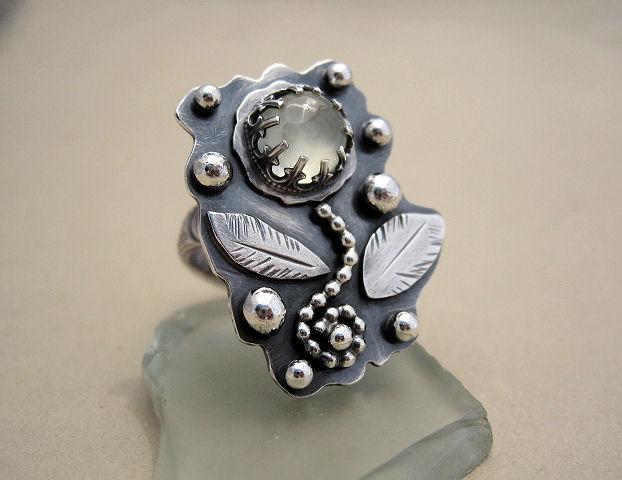 Prehnite Floral Ring