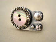 Vintage Button Fresh Water pearl Ring