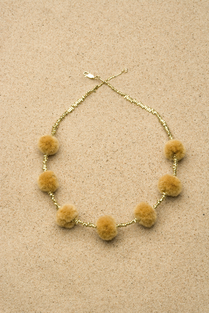 Gold fragment necklace, plane tree puffs