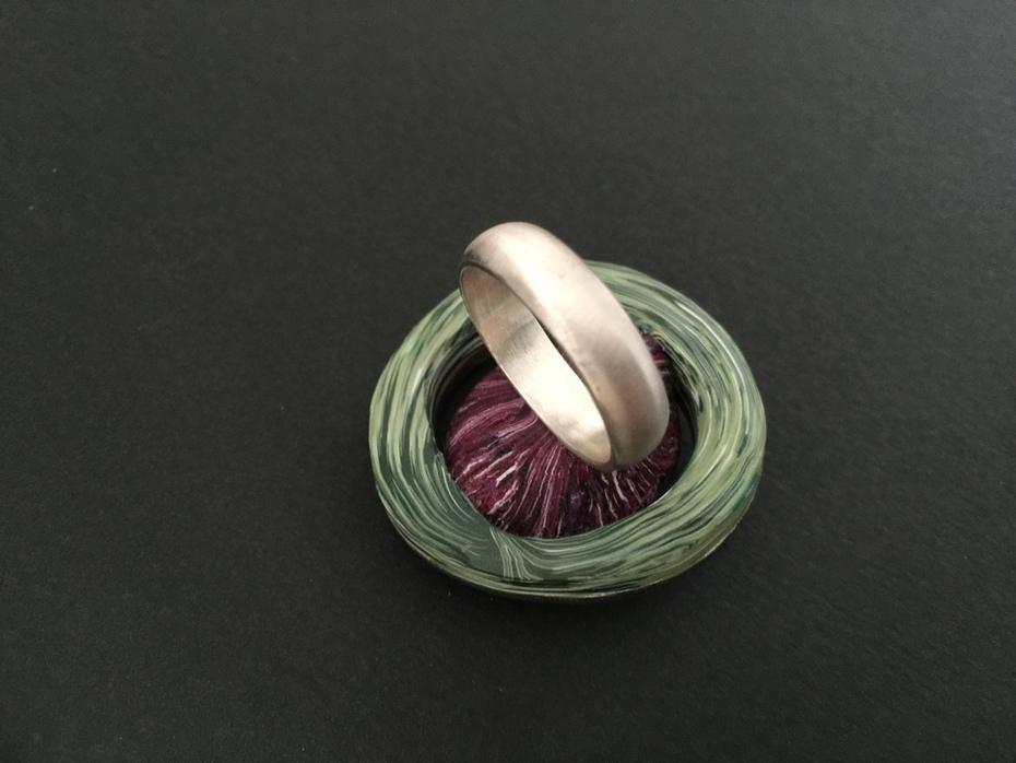 The Violet Ring detail