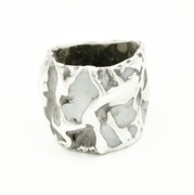 Concrete Concave Ring