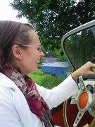 Fiona in de Burton tijdens cabriotour