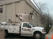 Columbus Sign Co preparing the wall...