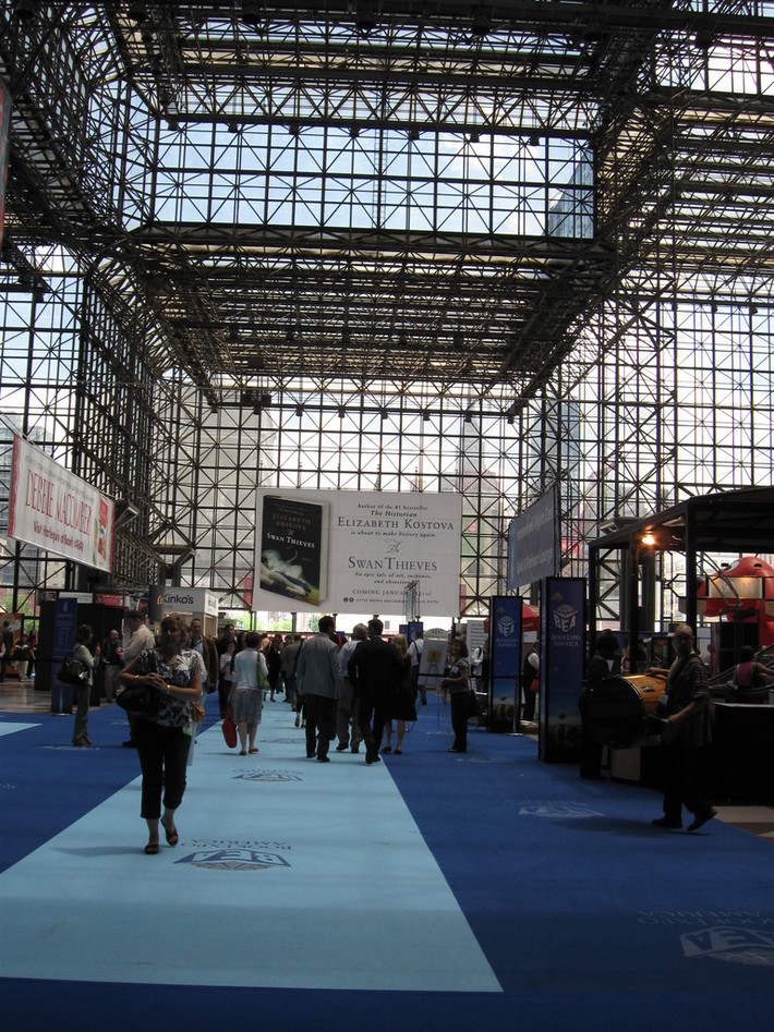Inside Book Expo America 2009