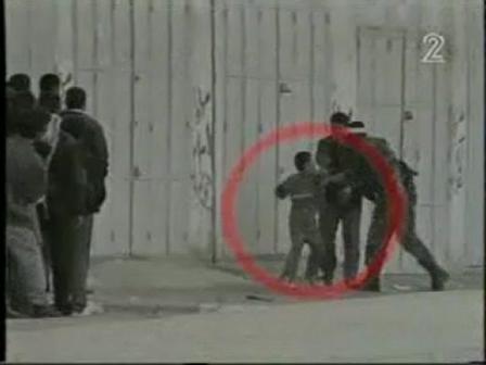 Hamas people using children as shields