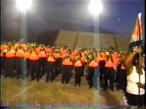 "Detroit Southeastern High School - ""Secret Rendezvous"" v.s. Fairley High School - ""Toxic"" 2005"