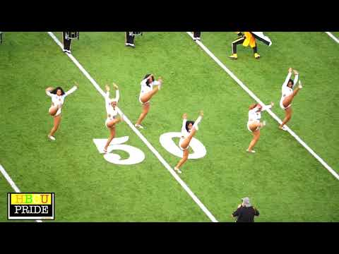 """Mighty Marching Hornets Ft. Former Stingettes performing """"Hollywood"""""""