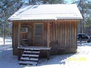 Back of cabin at Many Cedars