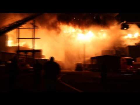 Chicago 5-11 Alarm 3757 S Ashland With Radio Traffic