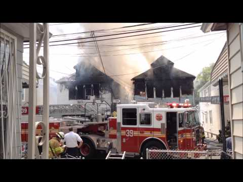 FDNY BATTLING MAJOR 4 ALARM FIRE ON HILL AVE. IN WAKEFIELD AREA OF THE BRONX IN NEW YORK CITY.