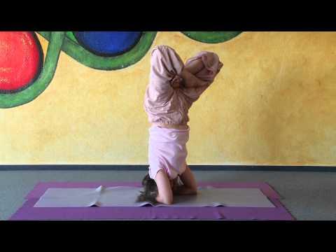Headstand in Lotus - Urdhva Padmasana