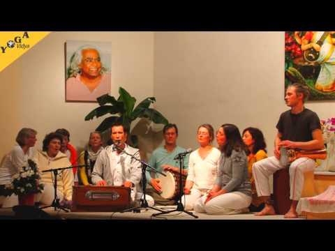 Hanumanji, Sundaram with seminar group