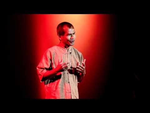TEDxDoiSuthep - Jon Jandai - Life is easy. Why do we make it so hard?
