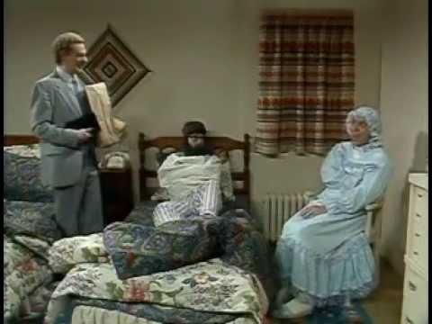 La Petite Vie : Saison 4 : Épisode 05 - L'hospice 2