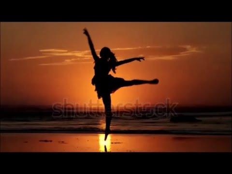 """ L' Ame de la Danse...""    à Pina Bausch et Carolyn Carlson"