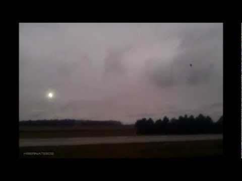 GREAT UFO FOOTAGE FROM INDIANA ,USA - 2011/22/12 MUFON REPORT