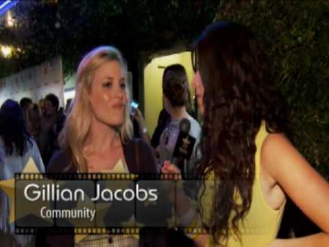 StarCam at the Breaking Upwards Premiere (Josh Hartnett, Johnny Galecki and more!)