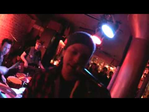 """GAVIN DeGRAW """"JEALOUS GUY"""" jammin at his bar The National Underground 11/23/09"""