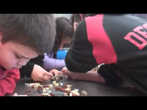Fun with Autodesk 3D Instructions - LEGO® Harry Potter™ Hogwarts™ Castle